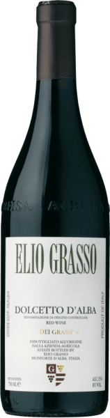 The Dolcetto d 'Alba dei Grassi by Elio Grasso is presented in ruby red colour in the glass. On the nose, this Piedmontese red wine convinces with an attractive bouquet, with aromas of red berries, plums and delicate spices. The taste is dry, harmonious, velvety and characterized by low acidity. A subtle almond note echoes in the long finish. A beautifully balanced and young drinkable wine. Production of the Dolcetto d 'Alba dei Grassi by Elio Grasso This classic among Piedmontese red wines is climbed from the indigenous Dolcetto grape variety, which has been detectable in Alba since the 14th century. A grape variety that does not make great demands and matures earlier than Nebbiolo and Barbera. The manual harvest is followed by maceration and fermentation at a controlled temperature with the skins and with daily undercutting of the skins. For the ageing, the wine remains in the stainless steel tanks until the following spring after malolactic fermentation. Bottling takes place between April and May. Food recommendation for the Dolcetto d 'Alba dei Grassi by Elio Grassi Dolcetto is a tasty and uncomplicated wine for all days. Enjoy it with pasta with spicy sauces and Italian meat dishes.