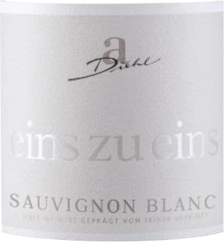 The Sauvignon Blanc from the one to one of A. Diehl can be regarded as the example for typical German Sauvignon Blanc. In the glass you can see a fine, platingolden colour and also the bouquet inspires: fresh grass and pure gooseberry. This Pfälzer white wine spoils with an enchanting fruit, composed of citrus aromas, some bergamot, ripe mango and opulent melon, complemented by some black currant. On the palate, the Sauvignon Blanc from A is a one-to-one wine. It is fantastically fresh and enormously expressive. An excellent minerality combined with a compact structure characterise the finish. This white wine combines the powerful nature of well-ripened grapes with the green-fruity freshness that has given the New Zealand wines of this grape variety an enormous popularity. Vinification of the one to one Sauvignon Blanc by A. Diehl This Sauvignon Blanc is vinified in a stainless steel tank only in order to maximise the style of the grape varieties. After a short ripening phase in stainless steel tanks, the Sauvignon Blanc is bottled fresh and crisp one to one. Food recommendation for Sauvignon Blanc one to one from A. Diehl We recommend this white wine from the Palatinate to white meat, raw vegetables, asparagus with vinaigrette and vegetable lasagne. Awards for the A. Diehl One to One Sauvignon Blanc Mundus Vini: Gold for 2016