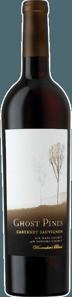 Der Cabernet Sauvignon von Ghost Pines offenbart sich im Glas in einem tiefdunklen Rot und entfaltet die intensiven Aromen von Brombeeren, schwarzen Johannisbeeren und dunkler Kirsche. Das Bouquet dieser Rotweincuvée wird abgerundet durch feine Noten von Holz, Vanille und gerösteten Nüssen. Dieser amerikanische Rotwein öffnet am Gaumen seine mundumhüllenden Tannine und begeistert mit seiner Viskosität und dem vollen und runden Mundgefühl. Die herrlichen Aromen von herber Schokolade leiten diesen Wein in sein langes und großartiges Finale. Vinifikation für den Ghost Pines Cabernet Sauvignon Diese Cuvée wird aus den Rebsorten Cabernet Sauvignon, Petite Syrah, Syrah, Merlot und Petit Verdot vinifiziert. Die Rebstöcke für den Ghost Pines Cabernet Sauvignon stammen aus den Regionen Sonoma County, Napa County und Lake County. Nach der Lese und Fermentation wurde dieser Rotwein für 18 Monate in Barrique-Fässern aus kanadischer und französischer Eiche ausgebaut. Speiseempfehlung für den Ghost Pines Cabernet Sauvignon Genießen Sie diesen trockenen Rotwein zu Roastbeef mit grünen Bohnen, Croutons und Parmesan oder zu gegrilltem und gebratenem Fleisch. Prämierungen für den Ghost Pines Cabernt Sauvignon 2010: 89 Points: Wine Enthusiast, July 2013 – 2010 Vintage 2011: 90 Points: WineReviewOnline.com, May 2011 – 2008 Vintage
