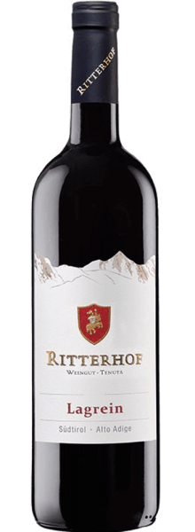 The South Tyrolean Lagrein Ritterhof DOC from the Ritterhof winery presents itself in an intense garnet red in the glass. This Lagrein unfolds its intense bouquet, which seduces with the aromas of red berries. These fruity notes are accompanied by spicy hints of dark chocolate. This Italian red wine is strong in character, powerful and velvety on the palate. Vinification for the Lagrein of the estate Ritterhof The vines for this wine are rooted on gravel and sandy soils in Gries near Bozen, Auer and in lower parts of Tramin. The grapes are selectively hand-picked, destemmed and fermented traditionally for 10 days at a temperature of 28 ° Celsius in the fermentation tank. The subsequent maturing and storage then takes place in a large wooden barrel. Food recommendation for the Lagrein from the Ritterhof winery Enjoy this dry red wine with grilled red meat, venison or with spicy cheese, such as mountain cheese and pecorino. Awards for the Lagrein from the Ritterhof winery Veronelli: 87 points (vintage 2016)