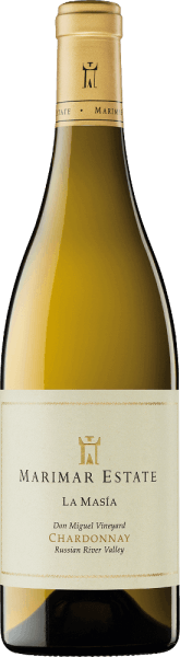 La Masía Chardonnay by Marimar Estate is a wonderfully creamy, grape-varietal white wine from the single vineyard Don Miguel Vineyard in the American wine region Russian River Valley. In the glass, this wine shines in a rich straw yellow with green-golden highlights. The expressive bouquet reveals intense notes of fresh flowers - especially jasmine and gardenia - sun-ripened citrus fruits and juicy white-fleshy peaches. The palate of this American white wine is enveloped by a fleshy, wonderfully creamy texture. The lush aromas of the nose of fine yeast notes and a subtle hint of oak perfectly rounded. Furthermore, the finest nuances of vanilla and spices give this wine its size and perfect structure. The finish is wonderfully aromatic and has an outstanding length. Vinification of Marimar Chardonnay La Masía At the beginning of September, the optimally ripe grapes in the Sonoma cultivation area are carefully picked by hand and immediately brought to the wine cellar of Marimar Estate. Carefully squeeze the selected berries as a whole and place the resulting must in oak barrels (60%) and stainless steel tanks (40%) for fermentation. Once alcoholic fermentation is complete, this white wine undergoes 100% biological acid degradation. If this is also shot down, La Masía Chardonnay is aged for 10 months on the fine yeast (sur lie). Finally, this wine rounds off on the bottle before it leaves the winery. The barrels used are used French premium barrels from the Damy (Allier oak) and Rousseau(oak from central France). Food recommendation for La Masía Chardonnay Marimar Enjoy this dry white wine from the USA with fried fish with fresh lemon butter, all kinds of spicy dishes of Asian cuisine, cooked crustaceans or even spinach risotto with mushrooms. Awardsfor La Masía Marimar EstateChardonnay Wine Spectator: 92 points for 2015