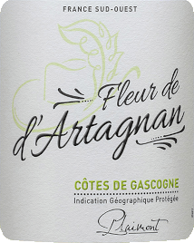 Fleur de d 'Artagnan Blanc Côtes de Gascogne by Plaimont is a fresh white wine from Gascogne in southern France that flatters the nose with its wonderful citrus aromas and floral notes. Nuances of yellow nuts such as apples and pears but also delicate herbal nuances after lemon balm complement the bouquet of Fleur de d 'Artagnan Blanc. On the palate, the white Fleur de d 'Artagnan Cuvée delights with a fine balance between lively fruit acid and a delicate residual sweetness, which gives this French white wine a perfect drinking flow. A wonderfully uncomplicated white wine for 1,000 occasions. Vinification of the Fleur de d 'Artagnan Blanc by Plaimont This white wine cuvée is vinified 80% from Colombard and 20% from Ugni Blanc. The grapes come from vineyards in Gers, the heart of Gascony. After harvesting, the grapes are destemmed, pressed and the must is gently pressed after a short standing time. The fermentation then takes place with pure yeasts in a temperature-controlled stainless steel tank, which gives the wine its freshness and fruitiness. The Fleur de d 'Artagnan wine series of the Plaimont winery includes wines of exceptional freshness, clarity and fruitiness with an honest grape variety character. The main focus is on regional grape varieties. The spirited wines set an impressive monument to the famous Musketeer d 'Artagnan, whose portrait adorns the label. Food recommendation for the Fleur de d 'Artagnan Blanc Enjoy this dry white wine from the Gascony with crisp salads, light fish dishes or asparagus.