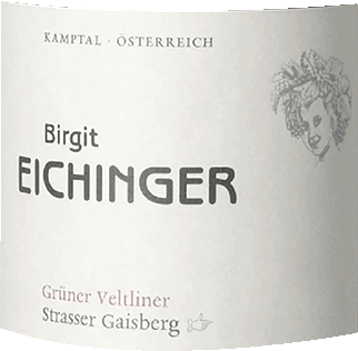Ried Strasser Gaisberg Grüner Veltliner First location Kamptal DAC by Birgit Eichinger from Lower Austria presents a bright, platinum yellow colour in the glass. If you pan the wine glass, you can perceive a first-class balance with this white wine, because it is neither watery nor syrupy or liqueur-like on the walls of the glass. This varietal Austrian wine reveals wonderfully complex notes of star fruits, gallia melon, pineapple and physalis in the glass. In addition, there are hints of whole nut chocolate, walnut and bitter chocolate. This dry white wine from Birgit Eichinger is for purists who like it absolutely dry. The Ried Strasser Gaisberg Grüner Veltliner First location Kamptal DAC is already very close to this, since it was vinified with just 2.1 grams of residual sugar. Balanced and complex, this powerful white wine presents itself on the palate. Thanks to its vital fruit acid, Ried Strasser Gaisberg Grüner Veltliner Erste Lage Kamptal DAC presents itself impressively fresh and lively on the palate. In the finish, this storable white wine from the wine-growing region of Lower Austria finally inspires with considerable length. There are again hints of mango and star fruit. In the reverberation, mineral notes of the soils dominated by sand and loess soil are added. Vinification of Birgit Eichinger Ried Strasser Gaisberg Grüner Veltliner First location Kamptal DAC This wine clearly focuses on one grape variety, namely the Grüner Veltliner. Only flawless grape material was used for this exceptionally balanced varietal wine from Birgit Eichinger. The grapes grow under optimal conditions in Lower Austria. Here the vines dig their roots deep into soils of sand and loess soil. Ried Strasser Gaisberg Grüner Veltliner First Location Kamptal DAC is an Old World wine through and through, because this Austrian breathes an extraordinary European charm, which clearly underlines the success of wines from the Old World. After harvesting, the grapes quickly reach the winer