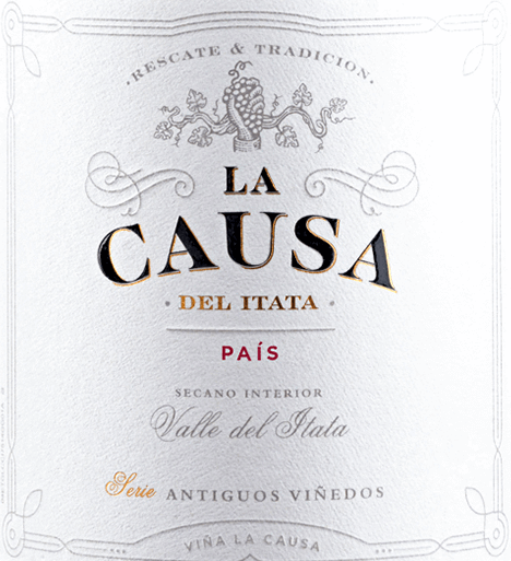 The varietal Pais of La Causa has its home in the beautiful Valle del Itata - located in the Chilean wine region Valle Sur.  In the glass lies a bright ruby red with cherry-red highlights. The lush bouquet is characterized by sweetly ripened, red forest berries (especially strawberry and raspberry) and juicy cherries. The fruit aromas are accompanied by fine mineral notes and a spicy hint of liquorice. The palate enjoys a round and juicy body with a firm tannin structure and spicy fruit typical of the grape variety. The fresh acidity accompanies into the pleasantly long finale.  Vinification of La Causa Pais From April, the harvest of the optimally matured Pais grapes for this red wine begins. Once in the wine cellar, the grapes are gently crushed, mashed and fermented for 7 days at a controlled temperature (22 to 26 degrees Celsius) in a stainless steel tank. After alcoholic fermentation, this red wine is gently removed and matured for 12 months in French oak barrels.  Food recommendation for the Pais La Causa Enjoy this dry red wine from Chile with all kinds of salami and ham specialties, roast pork with dumplings and blueberry or with spicy stews and spicy rice dishes.
