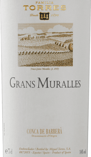 The Grans Muralles by Miguel Torres is an excellent and expressive red wine cuvée vinified from the Monastrell, Samsó, Carinena, Garró and Garnacha grape varieties. This Spanish red wine is presented in a dense, dark garnet red. The bouquet exudes expressive notes of ripe noble plums and juicy blackberries. The aromas of the nose are rounded off by toasted bread with light, finely spicy notes of liquorice and black pepper. The taste, which is characterized by a rich aroma, shows very clearly the impressive potential of an outstanding location and the noble origin of this wine. This red wineis silky soft, full-bodied and pampers the palate with delicious chocolate notes. The soft tannin is perfectly integrated into the excellent structure. The Grans Muralles is an excellent lace red wine with a fantastic length. Vinification of Miguel Torres Grans Muralles The grapes are picked by hand from the old vines in Grans Muralles. The yield amounts to 3,000 kg/ha per year. After strict selection of the grapes, the grape varieties are vinified separately from each other. For 18 months, this red wine is aged inFrench Allier and Nevers oak barrels. Due to the separate vinification, Torres can ensure the best development for each individual variety and thus create an unforgettable cuvée at the end. Food recommendation for the Grans Muralles by Miguel Torres This dry red wine from Spain is an ideal accompaniment to stews in tomato sauce with mild peppers and many herbs (thyme, marjoram, rosemary, basil, bay leaf) or to the spicy meat dishes of a typical Mediterranean cuisine with roasted and grilled roasts. Awards for the Torres Grans Muralles James Suckling: 94 points for 2011 Wine Advocate: 93 points for 2010