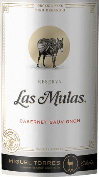 The grapes for  the Las Mulas Cabernet Sauvignon from Miguel Torres Chile grow on organic vineyards in the beautiful Chilean cultivation area Valle Central.  In the glass, this wine captivates with a deep dark cherry red and ruby red highlights. In the nose, aromas typical of grape varieties unfold after sweetly ripened fruits - especially blackberry, blueberry and blackcurrant - accompanied by fine notes of spices. Very elegant with a powerful body, this Chilean red wine plays around the palate. The ripened tannins are velvety soft and harmonize perfectly with the dense fruit and the fine spiciness of the bouquet. The spicy nuances give this wine further fullness and structure, which stretch into the aromatic, balanced and long reverberation.  Vinification  of Cabernet SauvignonTorres Las Mulas From April / May, the harvest of Cabernet Sauvignon grapes begins in the Valle Central wine-growing region. The harvested material is immediately taken to the wine cellar and first crushed cold. This removes the first aromas, colour pigments and gentle tannins from the berry peels. At a controlled temperature (26 degrees Celsius), the mash is fermented in stainless steel tanks for 8 days. After that, this wine remains on the mash to extract further aromas and color. The shell contact is 20 days. Finally, this red wine matures for a total of 6 months in French oak barrels.  Food recommendation for the Torres Cabernet Sauvignon Las Mulas Enjoy this dry red wine from Chile for cozy barbecues with family and friends. But this wine is also a treat for Mediterranean casseroles or fresh pasta in spicy sauces.