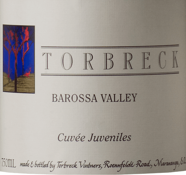The Cuvée Juveniles from Torbreck Vintners is a wonderful red wine from Grenache (59%), Shiraz (22%) and Mourvèdre (19%). In the glass, this Australian red wine shines in a strong dark ruby red. The bouquet reveals wonderfully lush notes of juicy blackberries and ripe heart cherries. The aromas of the nose are accompanied by mineral and spicy notes. The palate also enjoys the red fruits and is inspired by subtle nuances of black olive. This red wine convinces with good structure, fresh acidity, fine tannin around long finish. Food recommendation for the Torbreck Vintners Cuvée Juveniles This dry red wine is an excellent accompaniment to pork medallions in herb crust and swirled potatoes, pasta with spicy sauces or also to savoury cheese specialities.