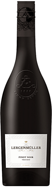 The Pinot Noir Qualitätswein trocken from Lergenmüller is a fine Burgundy that smells of wild berries, sour cherries, junipers and roses. He has a firm, full body with smooth tannins, power and backbone.