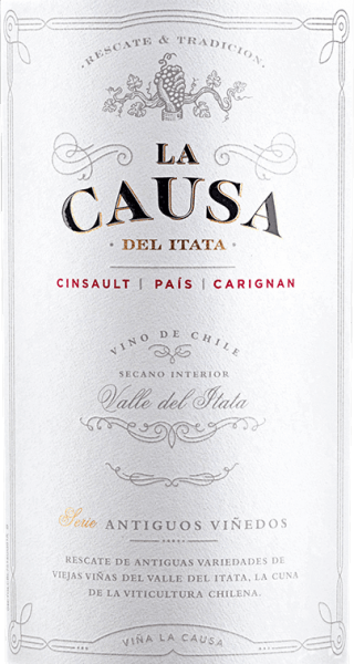 The Cinsault (60%), Pais (25%) and Carignan (15%) grapes for the blend of La Causa grow in the beautiful Valle del Itata - located in the Chilean wine region Valle Sur.  This wine shimmers a dense ruby red with violet highlights in the glass. Fresh red and black berries (raspberry, blackberry and currant) combine with ripe plum and juicy shade morals to create a fragrantly fresh bouquet. Add a hint of spice and nuances of dried fruit. Very fruity, this Chilean red wine presents itself on the palate. The firm tannin gives this wine a strong structure and the vital acidity a wonderful freshness. With good excitement, this red wine concludes in a long finale.  Vinification of the La Causa Blend The three different grape varieties for this red wine are harvested exclusively at optimum maturity. It starts with Cinsault, followed by Pais and most recently Carignan. In the wine cellar, all grapes are carefully selected and mashed. In the stainless steel tank, the mash is fermented for 7 days at a controlled temperature of 22 to 26 degrees Celsius. Finally, this wine is gently peeled off, blended and rests for 12 months in French oak barrels - of which 10% are new wood.  Food recommendation for the Blend La Causa Enjoy this dry red wine from Chile for cozy barbecues with entrecotes, steaks and chops. Or hand this wine over to stews and baked empanadas.