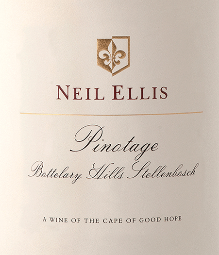 The Pinotage Bottelary Hills from Neil Ellis is a wonderful, pure grape variety and balanced red wine from the South African wine-growing region of Stellenbosch. This wine presents itself in a dark ruby red with cherry red highlights in the glass. The opulent bouquet is dominated by dark stone fruits (ripe cherries and juicy plums) with a hint of dark chocolate. On the palate, this South African red wine is wonderfully balanced and shows a great elegance, a ripe tannin structure with a finely integrated fruit acid. The finish has a pleasant length. Vinification of Neil Ellis Pinotage Bottelary Hills The Pinotage grapes for this red wine are immediately brought to the Neil Ellis cellar after the harvest. There the grapes are first fermented in stainless steel tanks. Once the fermentation process is complete, this wine is aged for 16 months in French oak barrels - 60% of which are new wood. Food recommendation for Bottelary Hills Neil Ellis Pinotage This dry red wine from South Africa goes excellently with all kinds of game dishes in a strong dark sauce, beef ragout with homemade spaetzle or selected ham and salami specialities. We recommend that you decant this wine for at least 1 to 2 hours before enjoying it.