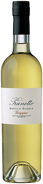 The Grappa di Bussia by Prunotto shines in the glass of light amber, the nose unfolds clear, grape varietal aromas of the Nebbiolo grapes, as well as secondary aromas reminiscent of raisins, roasted notes and caramel. On the palate, this characterful, elegant grappa is dry, harmonious and full-bodied, warm and melty in the long-lasting finish. Production of the Grappa di Bussia of Prunotto This grappa from Prunotto is carefully distilled from the still moist marc of the Nebbiolo grapes from which the Cru Barolo Bussia is vinified.