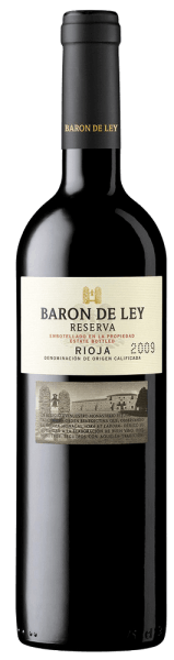 Almost untouched by the years of maturation, the wine presents itself deep cherry red in the glass.The bouquet of Baron de Ley's Reserve is highly concentrated and takes some time to open. After an hour of aeration, it reveals a complex aromatic variety of graphite and smoke notes against the background of increasingly complex red fruit aromas. Find out more in the expertise of the Barón de Ley Reserva.