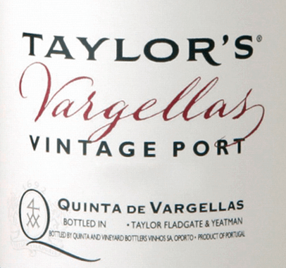 The Quinta de Vargellas from Taylor's Port is only produced in particularly good vintages. This port is made from the grape varieties Tinta Roriz, Tinta Cao, Tinta Barocca, Touriga Francesa, Touriga Nacional and Tinta Amarela. This port wine matures for two years in barriques and thus acquires its warm amber colour. The bouquet is fruity and fresh, reminiscent of black currants, spicy blackberries and juicy blueberries. This port is still very young and not yet fully developed, later aromas of cedar wood and plums are recognizable, which are accompanied by fine fragrant notes of rose petals, violets and a delicate spice. This aromatic play adds complexity to the Quinta de Vargellas. On the palate, this port is strong with an excellent structure. The grippy and powerful tannin gives the finale a seductively long finish with juicy fresh and lush berry aromas that never get too much, but remain wonderfully straight and firm. Vinification of Taylor's Port Quinta de Vargellas Traditionally, the grapes for this port are harvested by hand at Taylor's and for the most part completely destemmed in the wine cellar. The grapes are crushed and fermented in large concrete tanks (Lagares). The grapes of this wine are still stomped with the feet, so that the variety of aromas, colour pigments and fullness of taste merge into the mash. As soon as half of the sugar is fermented, the fermentation process is stopped by the addition of high-proof distillate. This preserves the natural residual sweetness of this wine. Finally this Port wine matures for 2 years in large wooden barrels, until it is filled on the bottle. Food recommendation for the Quinta de Vargellas Taylor's We recommend this port wine with spicy blue cheese and chocolate dessert with cherries or - always suitable - with a good cigar.