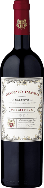 The Doppio Passo Primitivo in the 1.5l Magnum by Carlo Botter is a full-bodied varietal Primitivo and a real Southern Italian specialty. The Doppio Passo impresses with a dense bouquet of black berries and inviting cocoa notes. Despite the gentle tannins, it shows itself with a grippy structure and depth. The concentrated aromas and the fine fruit sweetness are also reflected on the palate. Simply a brilliant primitivo at an excellent value for money! Learn more about the Doppio Passo Salento Rosso in the expertise of the standard bottle. Food recommendation for the Doppio Passo Primitivo We recommend the Doppio Passo Primitivo in a magnum bottle for large parties, where the table should be served properly. It is best enjoyed with dark meat and grilled food.