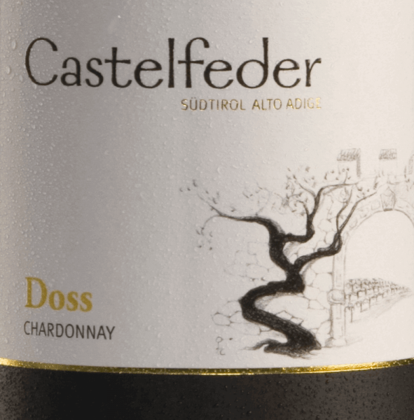 The Doss Chardonnay from Castelfeder wraps itself in a straw yellow colour with greenish accents. This white wine offers an abundance of fruit aromas of warm, long-lasting apple and banana notes with a multi-layered exotic fruit sweetness. Very subtle nuances of smoke can be seen in the background. On the palate this wine is juicy and tasty with persistence. The appealing fullness, the beautifully integrated acid structure and the harmoniously fresh elegance characterise the taste profile. Food recommendation for the Castelfeder Chardonnay Doss Enjoy this dry white wine from Italy as an aperitif, with light starters and finely seasoned dishes.