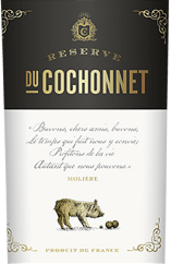 The Réserve du Cochonnet of Vignerons de la Vicomté shows itself in a deep dark red in the glass. This masterfully composed wine from Cabernet Sauvignon, Syrah and Grenache enraptured with a fragrance of ripe, dark berries and a fine spice of Provençal herbs. Catherine and Laurent Badet created a Cuveé, which in the mouth appears particularly powerful and elegant at the same time, before it flows into the fruity and full-bodied finish. Foodpairing to the Réserve du Cochonnet Rouge: We recommend it with grilled and roasted meat.