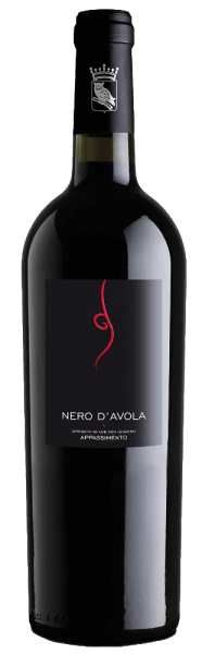 The varietalTardus Appassimento Nero d 'Avola from Cantine Minini offers a fruity bouquet with aromas of ripe red fruits and finely spicy hints. The palate is flattered by a lot of berry fruit, especially blueberry and a full, non-intrusive structure. Serving suggestion/food pairing For Mediterranean cuisine, especially pasta, the red wine from Sicily is an excellent food companion.