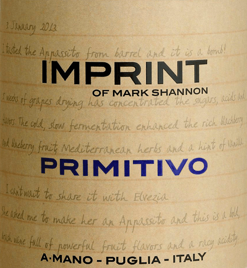 The imprint Primitivo by A Mano reflects the personality of the winemaker Mark Shannon. A strong, grape-varietal red wine that also has a soft, velvety side and conjures up a smile on the lips with every sip. In the glass, this wine shines in a dark ruby red. The bouquet reveals wonderful aromas of red fruits - from ripe strawberries to juicy red currants to sweet cherries. The palate is pampered by the expressive fullness of fruit and a refreshing acidity. The velvety and smooth texture harmonizes perfectly with the soft, sweet tannin structure. The finale comes with a magnificent length and chocolate nuances. Vinification of the A Mano Imprint Primitivo The imprint Primitivo by A Mano is a heart project by Mark Shannon, who already recognized the potential of Apulian vines for Appassimento wines in the style of Ripasso and Amarone in 2012. This wine is also made exclusively from dried primitive grapes. Unlike Amarone & Co., it does not have to be stored for long, but comes ready to drink from the winery. Although strong in alcohol, it inspires like all A Mano wines with remarkable freshness and beautiful length. Food recommendation for the A Mano Primitivo Imprint Enjoy this dry red wine from Italy with Italian pasta dishes with spicy, strong sauces, beef stew with noodles or with matured cheeses.