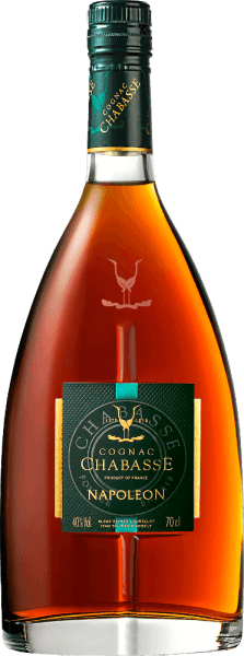 The Cognac Napoleon from Cognac Chabasse is a harmonious, powerful brandy from the grape varieties Ugni Blanc (80%), Colombard (15%) and Folle Blanche (5%). In the glass this cognac shines in a warm amber with orange-red highlights. The warm bouquet is characterized by the long maturation in wooden barrels. There are aromas of juicy apricots together with delicate port notes (ripe black fruits), sweet spices - especially vanilla - as well as nuances of oak wood. With an expressive personality, this French brandy is a masterful delight on the palate. The elegant aromas of the nose are reflected and surrounded by a present, gentle body. At the same time, this cognac has a powerful fullness that accompanies the long, aromatic finish. Vinification of Chabasse Cognac Napoleon The grapes for this cognac are harvested very early and fermented to a very acidic white wine. The acidity protects against oxidation, as cognac is not sulphurised. This base wine is now distilled twice in the copper kettle according to the traditional charentaiser distillation process. Wooden barrels from Limousin oak are chosen for the maturation. This cognac matures in these barrels for 12 years. Serving recommendation for the Napoleon Cognac Chabasse After selected menus, this brandy from France is a wonderful digestif. But this cognac is also a good choice with mocha or a selected cigar.