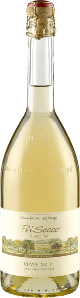 The PriSecco Cuvée No.11 by Manufaktur Jörg Geiger is presented in a bright straw yellow with golden reflections. It unfolds the wonderful aromas of fresh apple, ripe citrus fruits, white flowers and subtle notes of vanilla. This PriSecco is light on the palate and convinces with its pleasant sweetness and the notes of jasmine blossom in the finish. Production of PriSecco Cuvée No.11 by Jörg Geiger The fruits of PriSecco come from the scenic orchards at the foot of the Swabian Alb, the juice of hand-picked apples forms the basis for this non-alcoholic cocktail. Other ingredients for this non-alcoholic fruit ecco are pear juice, oak leaves, herbs, spices and added carbonic acid. Food recommendation for the PriSecco Cuvée No.11 by Jörg Geiger Enjoy this fruit ecco with mild leaf salads, dishes with asparagus or with sea fish and veal fillet.
