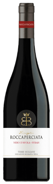 The dark Roccaperciata Nero d'Avola - Syrah Sicilia IGT von Roccaperciata is a cuvee with personality and temper. He is well balanced, concentrated, rich in tannins and smells of berries and stone fruits.
