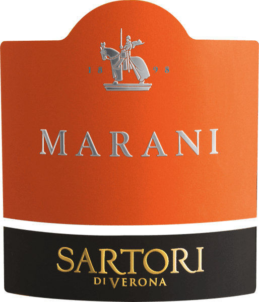 The Marani Bianco Veronese by Sartori di Verona from Veneto reveals a bright platinum yellow colour in the glass. On the nose, this Sartori di Verona white wine reveals all kinds of blackcurrants, blueberries, blackberries and mulberries. The Sartori di Verona Marani Bianco Veronese inspires with its elegant dry taste. It was bottled with only 6.8 grams of residual sugar. This is a genuine quality wine, which clearly stands out from simpler qualities and so this Italian naturally enchants with the finest balance in all dryness. Taste does not necessarily require a lot of residual sugar. This creamy white wine presents itself balanced and complex on the palate. With its concise fruit acidity, the Marani Bianco Veronese is exceptionally fresh and lively on the palate. The finale of this white wine from the Veneto wine growing region finally captivates with a remarkable aftertaste. The finish is also accompanied by mineral facets of the soils dominated by limestone. Vinification of the Sartori di Verona Marani Bianco Veronese This balanced white wine from Italy is made from the Garganega grape variety. In Veneto, the vines that produce the grapes for this wine grow on limestone soils. After the harvest, the grapes are taken to the press house by the quickest route. Here they are sorted and carefully broken up. This is followed by fermentation in stainless steel tanks and large wood at controlled temperatures. Once fermentation is complete, the Marani Bianco Veronese is aged for another 3 months in oak barrels. Food recommendation for the Marani Bianco Veronese from Sartori di Verona Enjoy this white wine from Italy best moderately chilled at 11 - 13°C as an accompaniment to chickpea curry, cabbage roulades or potato pancakes with salmon.