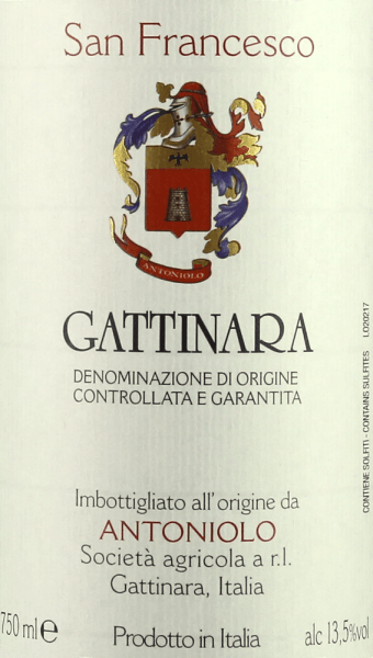 """The San Francesco Gattinara DOCG by Antoniolo is presented in the glass ruby red with distinct garnet red nuances. On the nose, an elegant aroma fan opens with fruity, floral and spicy scents, cherries, wild berries, pepper, sweet spices, rust, leather and noble mineral nuances. Intense and complex on the palate, tastefully aromatic, mineral notes with delicate iron notes, full-bodied, round, robust tannins, with lots of potential. The finish is powerful, long, mineral and sustainable. Vinification of San Francesco Gattinara DOCG by Antoniolo The Cru San Francesco embodies the """"ancient and full-bodied soul"""" of the red Nebbiolo wines in the north of Piedmont, reserved and somewhat tart in character. The 4 hectares vineyard of the same name, on which the Nebbiolo grapes for this wine grow, stands on soils of volcanic origin and is completely oriented to the west.After maceration for about two weeks and alcoholic fermentation in concrete tanks, the must is transferred into wooden barrels in which malolactic fermentation and ageing take place. It is aged for 30 months in large wooden barrels and then matured for a further 12 months in bottle storage before being sold.The San Francesco Gattinara DOCG can be stored for 10 to 15 years. The quantity is limited to about 4000 bottles per year. Food recommendations for the San Francesco Gattinara DOCG by Antoniolo This elegant and rich spouse goes perfectly with traditional Piedmontese cuisine, roasts and grilled beef, game, meat stews with potatoes and vegetables, ripe, spicy cheeses . We recommend opening the San Francesco Gattinara DOCG from Antoniolo one to two hours before serving. Awards for the San Francesco Gattinara DOCG by Antoniolo Gambero Rosso: 2 red glasses for 2013, 2012, 2011, 2009 Gambero Rosso: 3 glasses for 2008 Vitae AIS: 3 vines for 2011 and 2009 Wine Spectator: 92 points for 2011, 90 points for 2010 Bibenda: 4 grapes for 2011, 5 grapes for 2008 James Suckling: 92 points for 2010 Wine Advocate Robert M.Par"""