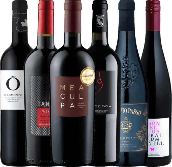 These six wonderful semi-dry red wines will certainly not only sweeten your Advent season. For the winter days of the year, we have put together this 6-piece winter package for you. The 6-pack of semi-dry wines for the cold season includes: 1 bottleof Doppio Passo Primitivo Salento from Casa Vinicola Carlo Botter 1 bottle Tardus Appassimento Nero d 'Avola IGT fromCantine Minini 1 bottle of MEA CULPA Vino Rosso Italia from Cantine Minini 1 bottle of Oromonte Tempranillo Garnacha Semi-dry by Navarro Lopez 1 bottle OF TANK No 32 Appassimento Primitivo IGT from Cantine Minini 1 bottle Dornfelder Kaisermantel quality wine semi-dry by Dr. Koehler