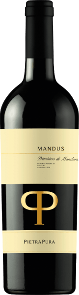 The colour of the superbly structured Mandus Primitivo di Manduria from Pietra Pura is a dark cherry red. In the glass, this red wine from the boot sales of Italy smells very intensely of fruity sour cherries, plums and cassis, accentuated by light toasted notes. On the palate the Mandus Primitivo is characterized by sweet tannins and a soft taste. A harmoniously integrated vanilla note and subtle wood nuances round off the taste. Vinifictaion of the Primitivo di Manduria DOC Mandus by Pietra Pura The Pietra Pura line is the result of the collaboration between Rocca delle Macie, the Zingarelli family winery and the Terre di Sava winery in Apulia. The grapes of this pure Primitivo are harvested in the San Marzano area. After fermentation at a controlled temperature, the red wine is gently pressed and separated from the skins and seeds. It then matures for a good four months in French oak barrels. Food recommendation for the Mandus Primitivo Serve Mandus Primitivo di Manduria from Pietra Pura at 16-18°C with meat sauces, game and hard cheese. This wine also goes well with Parmesan-baked aubergines.
