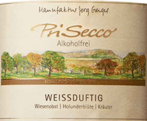 The PriSecco white-fragrant from Jörg Geiger presents itself with a bright golden yellow and the intense aromas of ripe apples and elderflowers. These notes were rounded off by spicy thyme and other herbs. This non-alcoholic fruit cocktail seduces the palate with the fruity sweetness of apples, grapes and peaches and the spicy malic acid. Notes of elderflowers can be seen in the finish. Production of the PriSecco whitish fragrance from the manufacture Jörg Geiger The fruits of PriSecco come from the scenic orchards at the foot of the Swabian Alb. The juice of hand-picked apples from organic farming forms the basis for this non-alcoholic cocktail. Other ingredients include pear juice, grape juice concentrate, peach juice, lemon juice and spices. Food recommendation for the PriSecco whitish fragrance from the Jörg Geiger factory Enjoy this PriSecco with desserts with elderflowers or exotic fruits or with goat's fresh cheese with rosemary.