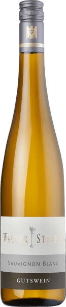 Sauvignon Blanc trocken from Wagner-Stempel from the German wine-growing region of Siefersheim in Rheinhessen is a fresh, distinctly mineral and varietal white wine, which is vinified from organically grown grapes. In the glass this wine shines in a clear, light yellow colour with platinum gold highlights. This German white wine from organic cultivation shows a classic nose of ripe gooseberries, sun-ripened grapefruits, cassis and freshly mown grass. Tight and clear, very elegant with fresh acidity and a pronounced mineral body, the Wagner-stamp Sauvignon Blanc presents itself on the palate. Green cassis leaves are added to the play of aromas and combine with gooseberries and freshly mown grass. A wine with a great balance and a good aftertaste, which has a good depth without showing off. Vinification of the Wagner-stamp Sauvignon Blanc The Sauvignon Blanc grapes for this white wine come from the different sites of the Siefersheim vineyards. The vines are rooted in predominantly sandy to stony loam with porphyry weathered rock in the subsoil. The grapes are harvested exclusively by hand and selected in the wine cellar of Wagner-Stempel. The fermentation process as well as the ageing of this white wine takes place in stainless steel tanks. Food recommendation for the Sauvignon Wagner-Stempel Enjoy this dry white wine from Germany with classic asparagus dishes with parsley potatoes, steamed fish with crisp vegetables or even with young cheeses.