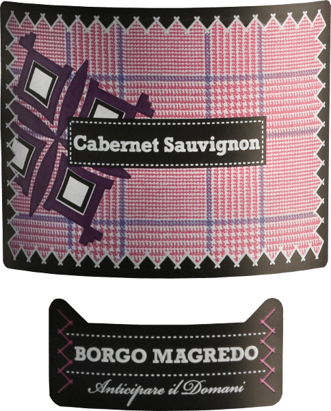 Borgo Magredo's Cabernet Sauvignon is a wonderful, pure red wine from Italy, which presents itself in a dense ruby red in the glass. The bouquet is marked by expressive aromas of ripe forest berries - especially raspberry and blackberry - and subtle hints of liquorice and vanilla. On the palate, the fullness of berry fruit blends perfectly with the pleasant acidity and soft body. The fine, silky tannins also harmonise wonderfully with the berry fruit and accompany you into a long lasting finish. Food recommendation for Borgo Magredo Cabernet Sauvignon Enjoy this dry red wine from Italy with all kinds of roast dishes with hearty side dishes or spicy meat skewers with paprika sauce.