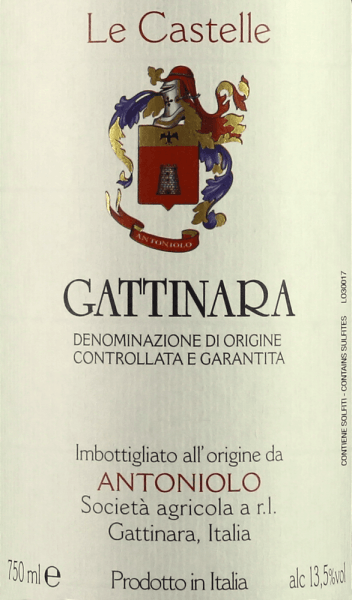 Antoniolo's Le Castelle Gattinara DOCG is intensely ruby to garnet red in the glass. Complex fruity and spicy aromas dominate the bouquet, fragrances of strawberries, raspberries, cassis, violet, black cherry, leather, tobacco, black pepper, mineral and earthy notes alternate and complement each other. On the palate, this spouse surprises with distinctive, well-integrated tannins, pleasant freshness, clear, full body, spicy, powerful, silky and full of character. Beautiful and very sustainable, almost endless finale with fine mineral nuances in the finish. Vinification of Le Castelle Gattinara DOCG by Antoniolo Le Castelle is the only wine of Antoniolo that is made in barriques. The Nebbiolo grapes for this cru come from the 1.3 ha single layer of the same name. Here are vines that are on average 40 years old, the soils are deeper and richer than in the other two individual layers, which gives the Gattinara more strength and depth. After maceration and alcoholic fermentation on the shells in concrete tanks, the must is removed and transferred into barriques. Here the malolactic fermentation is carried out completely, followed by 24 months of ageing. After bottling, Le Castelle matures in the bottle for at least 12 months before being sold.Le Castelle Gattinara is produced in small quantities, only about 3000 bottles per year. The wine can be stored for over 20 years. Food recommendation for Le Castelle Gattinara DOCG by Antoniolo Enjoy this powerful red wine from the north of Piedmont with dishes of red meat, lamb, game, fallow deer, poultry, spicy ripe cheeses.Le Castelle should be opened one to two hours before serving. Awards for Le Castelle Gattinara DOCG by Antoniolo Gambero Rosso: 2 glasses for 2012 Wine Spectator: 80 points for 2010 Antonio Galloni: 95 points for 2010