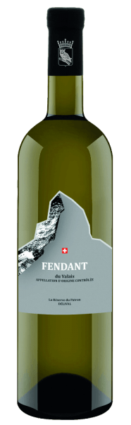 The Swiss Fendant du Valais Délival disclosed by Aarau Wineries is vinified from the Chasselas grape variety. The bouquet exudes clear, varietal aromas with fine nuances of flint and yeast. The soft structure harmonizes elegantly with sweet fruit and balanced acidity on the palate. The white wine from the canton of Valais shines with authenticity and strong character. Serving suggestion for  the Fendant du Valais Délival by Aarau The  Fendant du Valais Délival from Weinkellereien Aarau is a wonderful accompaniment to light meat dishes, fish and medium-strength cheese as well as specialties from Switzerland.