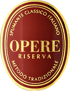 The Opere Riserva Brut by Opere Trevigiane Spumante Metodo Classico by Villa Sandi Estate impresses with its wonderful balance and complex fragrances, which are carried by a very filigree, elegant perlage. In the glass, the Riserva Brut Opere Trevigiane glimmers golden yellow, the perlage is very fine and persistent. On the nose unfolds a wonderful bouquet with pleasant fragrances of fresh crust, ripe fruit and vanilla, subtle hints of Mediterranean herbs and spices. On the palate, this Riserva Brut is soft, balanced, the long aftertaste awakens intense memories of dry fruits and fine toasted notes. Vinification of the Opere Riserva Brut of Opere Trevigiane This elegant Italian sparkling wine from Veneto is made from 60% Pinot Noir and 40% Chardonnay from selected vineyards of the region. For the Riserva Brut the wine is aged 60 months - 5 years - after the Metodo Classico Italiano in bottle fermentation. Subsequently, the wine is disgorged to remove the old yeasts, filled with some spumante, the so-called Dosage, and sealed with champagne corks. Food pairing for the Opere Riserva Brut of Opere Trevigiane A splendid spumante that offers an absolute enjoyment even solo. Awards Gambero Rosso 2011 - 2 glasses Duemila Vini 2012 - 3 grapes Vinitaly 2009 Concorso Enologico - Gold Medal