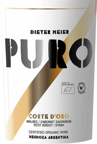 The dense, dark red colour of Dieter Meier's Puro Corte d'Oro is streaked with youthful violet reflections. This excellent red wine cuvée is made from Malbec (40%), Cabernet Sauvignon (33%) and Petit Verdot (27%). The clear fruity bouquet convinces the nose with juicy red fruits such as heart cherries and fine plums. Finely spicy nuances of vanilla are added. On the palate, this red wine is extremely complex and full-bodied, with powerful and wonderfully integrated tannins and a good body. Elegant and perfectly balanced, with delicate roasted aromas and lots of juicy fruit (blackcurrants), this wine pleases with an excellent length in the finish. Vinification of Dieter Meier Puro Corte D'Oro In the Argentinean wine-growing region Luján de Cuyo on high altitude vineyards the vines for this red wine grow. The high altitude offers the advantage that the natural maturing process is delayed by the cool nights and the grapes for this red wine can reach their full maturity. The result is an excellent harmony between alcohol, tannins, aromas and fresh acidity. Dieter Meier's vineyards are cultivated exclusively using organic farming methods. The grapes for this top-quality red wine are harvested in April and immediately processed in the winery. In stainless steel tanks, the mash is fermented at controlled temperatures of 27 to 29 °C. This multi-layered red wine is aged for 12 months in French oak barrels (first and second vinification) so that it can develop perfectly. Food recommendation for the Puro Corte D'Oro from Dieter Meier We recommend this dry red wine from Argentina with strong stews - such as roast beef in red wine sauce, grilled steaks with spicy sauces or mature cheeses.