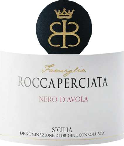 TheRoccaperciata Nero d 'Avola Sicilia IGT by Roccaperciataappears in an intense red colour. It captivates with its complex aroma of sweet cherries and ripe red berries, complemented by spice notes and vanilla nuances. Hugely opulent and well balanced, it appears on the palate with a seductive fullness and gentle tannins. Serve with savoury dishes such as a tender beef steak.