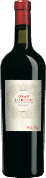 The Gran Lurton is a wonderful, expressive red wine cuvée from the Cabernet Sauvignon (80%) and Malbec (20%) grape varieties. In the glass, this wine shines in a deep ruby red with ink-colored highlights. The striking bouquet reveals varietal aromas of ripe berries, juicy shade morals and fresh plum. Fine nuances of oak maturity are added. On the palate, this Argentinian red wine is pleasantly dry with a strong body, which is at the same time enveloped by soft tannins. The elegant structure of Cabernet Sauvignon combines to a wonderful harmony with the spicy character of Malbec. The final convinces with an elegant length. Vinification of Cabernet Sauvignon Gran Lurton At the foot of the Andes, in the wine-growing region of Mendoza, the grapes for this red wine grow. The berries are carefully harvested and selected in the wine cellar of Lurton. The mash is fermented in stainless steel tanks. This is regularly pumped over - as in the style of a Bordeaux wine. This red wine is then aged for 12 months innew, small wooden barrels of Allier, Troncais and American oak. The Grand Lurton is finally clarified with protein and filled onto the bottle unfiltered. Food recommendationfor the Gran Lurton Cabernet Sauvignon by Bodega Piedra Negra Before enjoyment, this dry red wine from Argentina should be decanted for about 2 hours. Serve this wine with crust roasts in a reduced sauce or with roast beef with savoury axes in dark sauce. Gran Lurton James Suckling Awards: 93 points for 2011 Robert M. Parker - Wine Advocate: 90 points for 2011