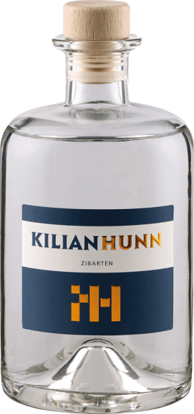 The Cigar Brand by Kilian Hunn is presented in glass with the soft aromas of plums, which are accompanied by delicate hints of marzipan. On the palate the notes of the nose are reflected, in the finish a mild fruit with distinctive marzipan notes can be seen. In reverberation, this brand delights with its refreshing notes of plums. Cibeards are wild plums whose harvest is tedious due to thorns and is rewarded only by a lean fruit yield. The gentle and slow cooling fermentation and the subsequent rest period after fermentation gives this noble brand its special taste structure. Serving recommendation for the Kilian Hunn Cigar Brand Enjoy this plum brandy as a digestif with a cigar or with dishes with game.