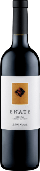 The Enate Cabernet Sauvignon presents its dark ruby red colour and complex and spicy pouquet in the glass. In the foreground are the aromas of wild berries and mint, which are supported by vanilla, pepper and laurel. This Spanish red wine from Somontano unfolds a fine structure on the palate and ends in a long finish, which is carried by roasted aromas and tobacco. Food recommendation for the Enate Cabernet Sauvignon Enjoy this dry red wine with strong dishes of pork beef, lamb and game or with strong cheese. Awards for Enate's Cabernet Sauvignon Guia Penin: 91 points (years 2010, 2008) Guia Penin: 93 points (born 2006) Mundus Vini: Gold (vintage 2006) The work of art depicted on the label of the Enate wine Cabernet Sauvignon Reserva is by the artist José Manuel Broto.